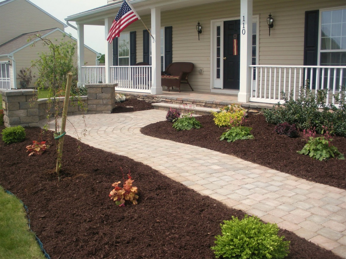Mulch portfolio affordable landscaping tree service for Landscaping ideas